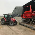 bale-unrolling-spreading-machine