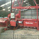 lateral-under-roof-straw-spreader